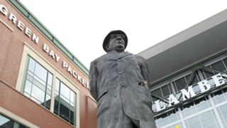 Vince-Lombardi-statue-082217-Getty-FTR.jpg