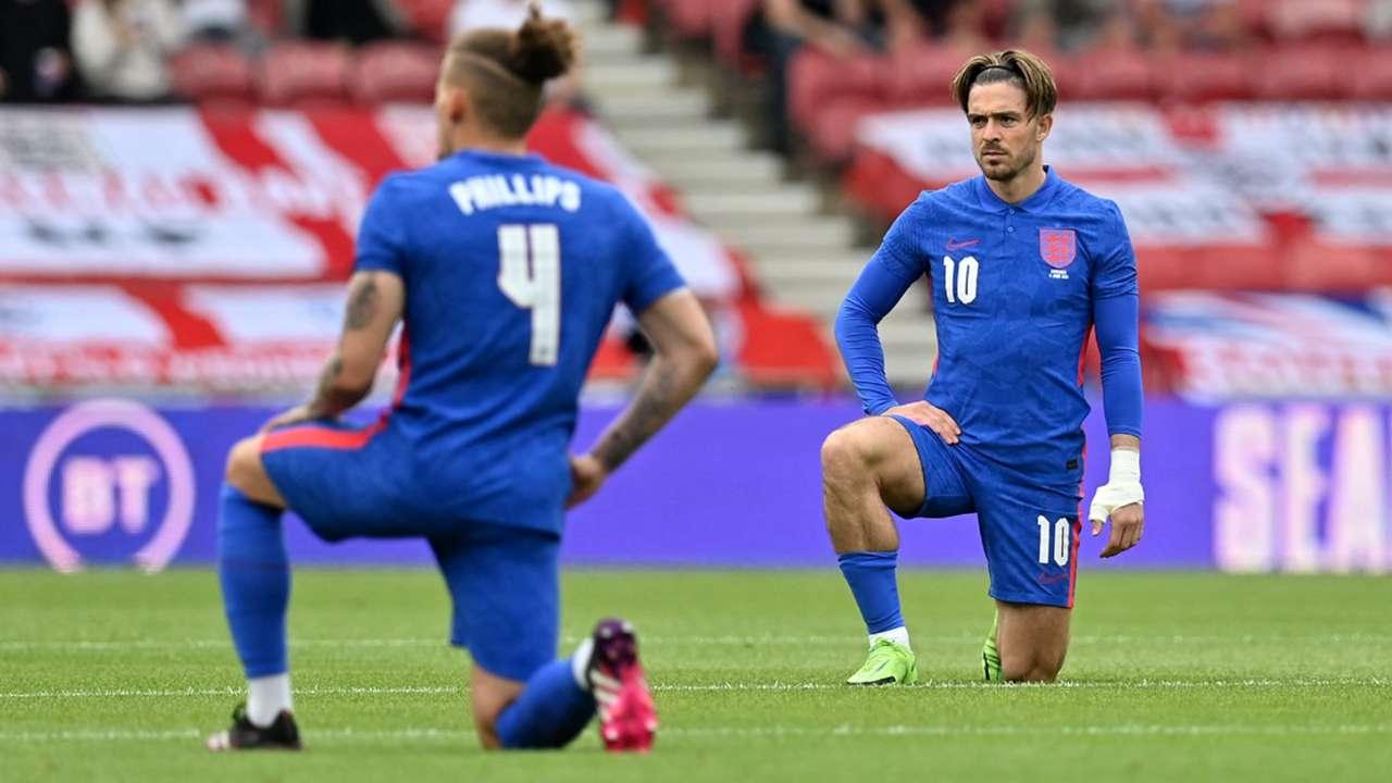 England national team kneeling