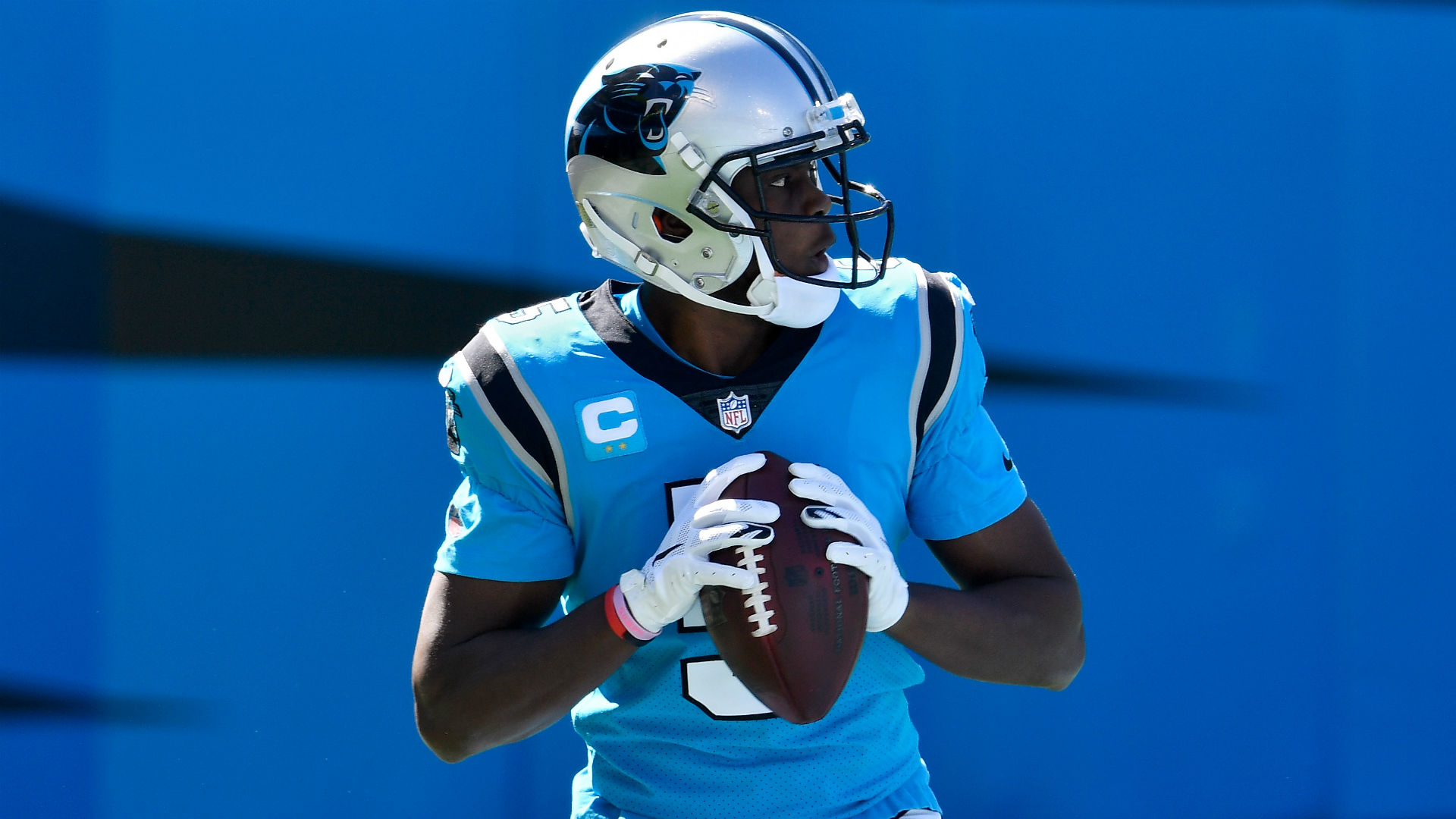 Why Teddy 'Two Gloves' Bridgewater wears gloves while playing QB for Panthers
