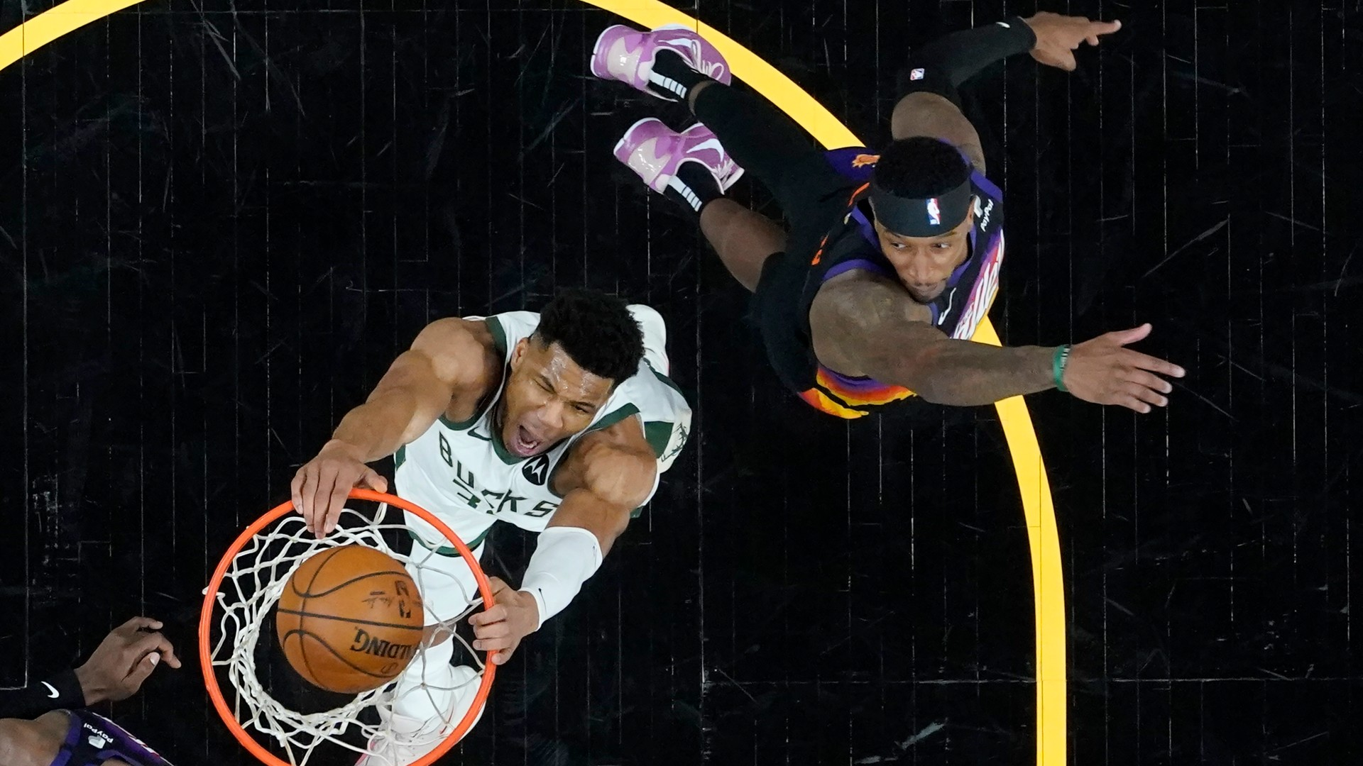 Bucks' Giannis Antetokounmpo on playing in NBA Finals after knee injury: 'I thought I'd be out this year'