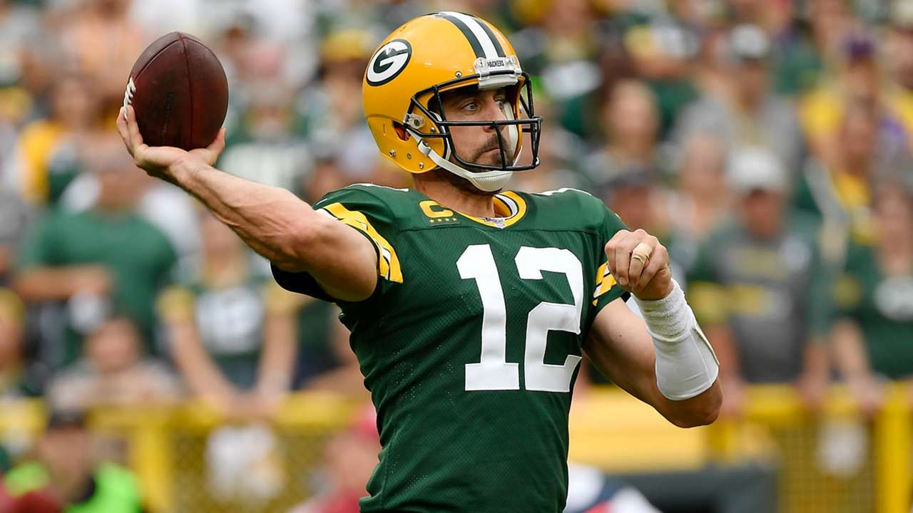 aaron-rodgers-09222019-getty-ftr