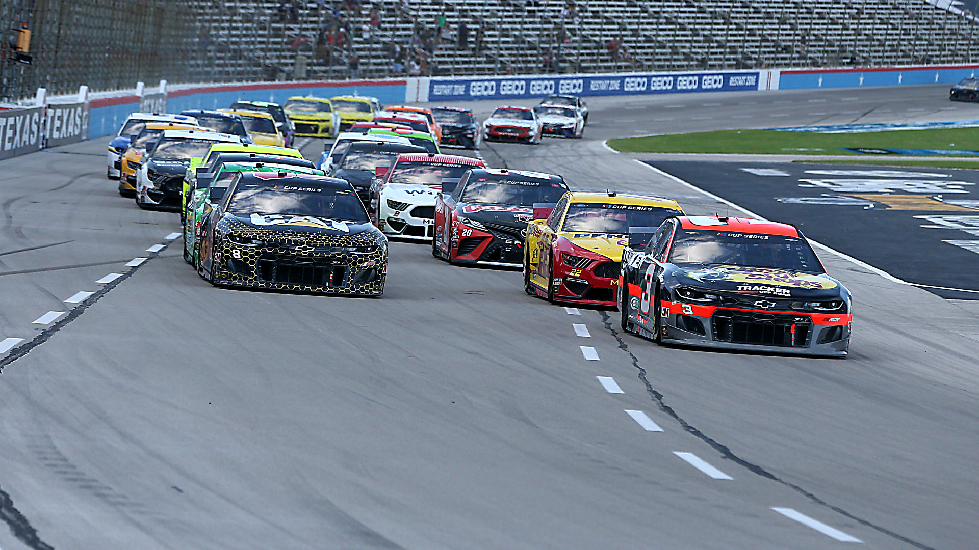 Who won the NASCAR race yesterday? Complete results from O'Reilly Auto Parts 500 at Texas 1
