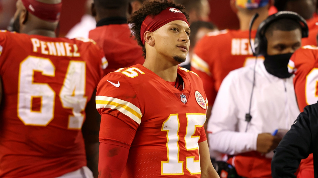 Nfl Schedule Changes For Week 6 Why Chiefs Vs Bills Isn T On Thursday Night Football Sporting News