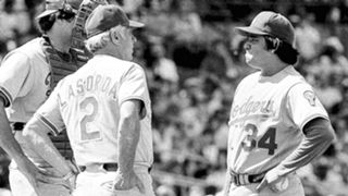 Dodgers1981-Fernando Valensuela-092415-AP-FTR.jpg