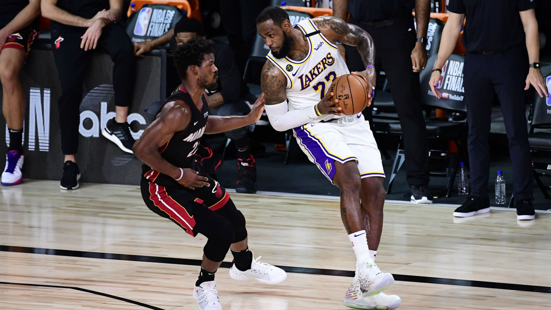 Lakers Vs Heat Live Score Updates Highlights From Game