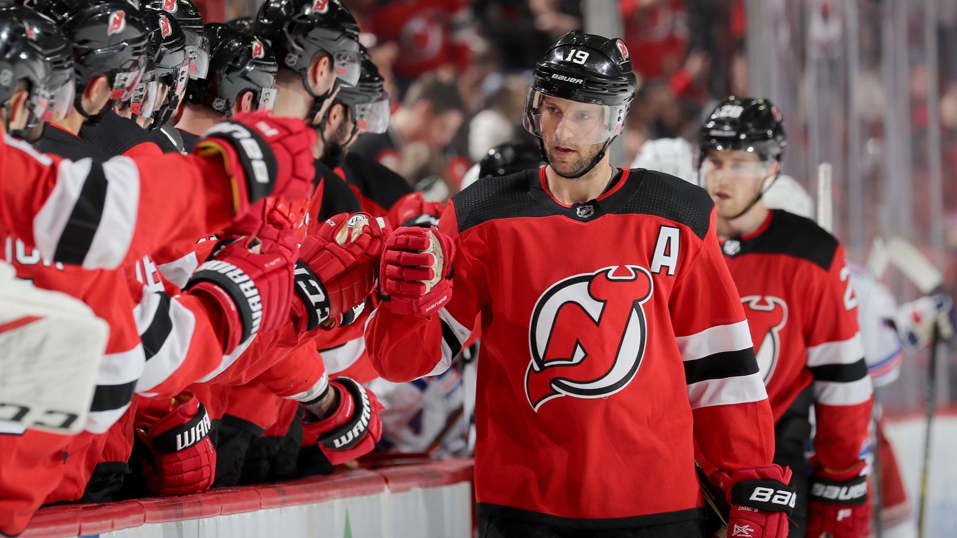 Travis Zajac de Devils intrigado con la idea de la temporada de finalización de NHL en alma mater, Dakota del Norte 54