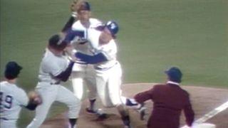 Yankees-Royals-Brawl77-MLB-FTR-052916.jpg