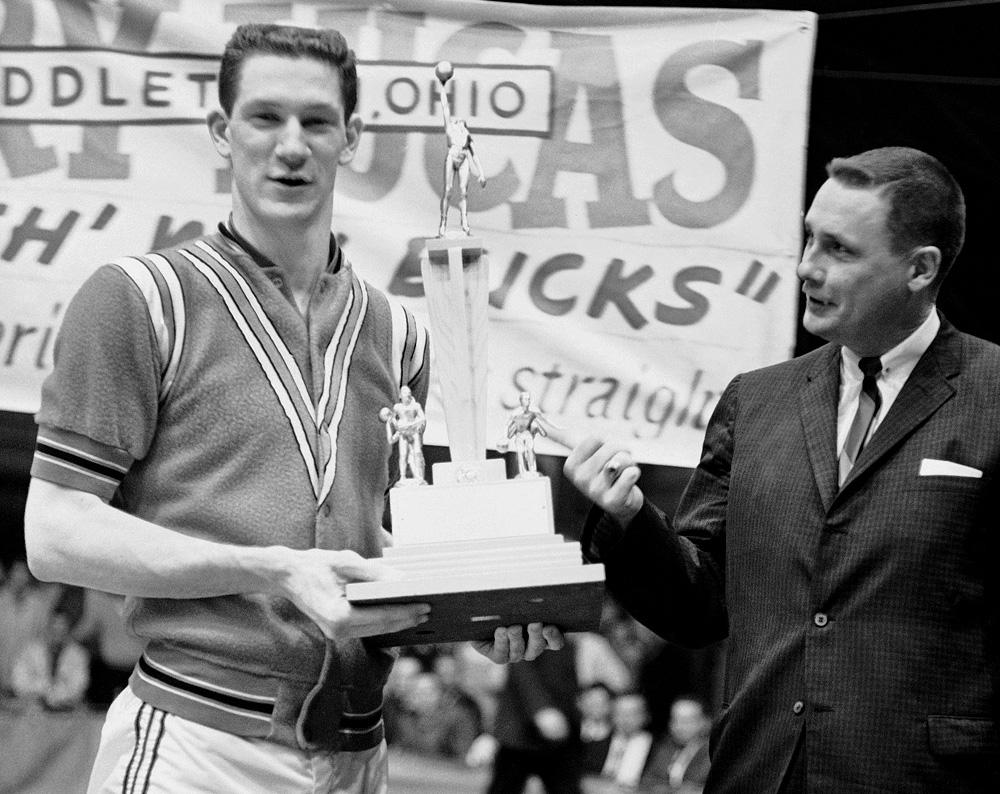 Classic photos of John Havlicek | Sporting News