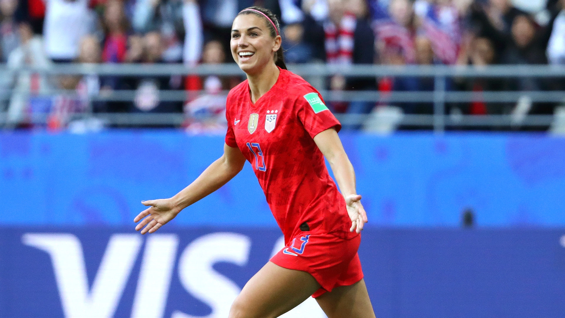 Alex Morgan announces birth of her first child