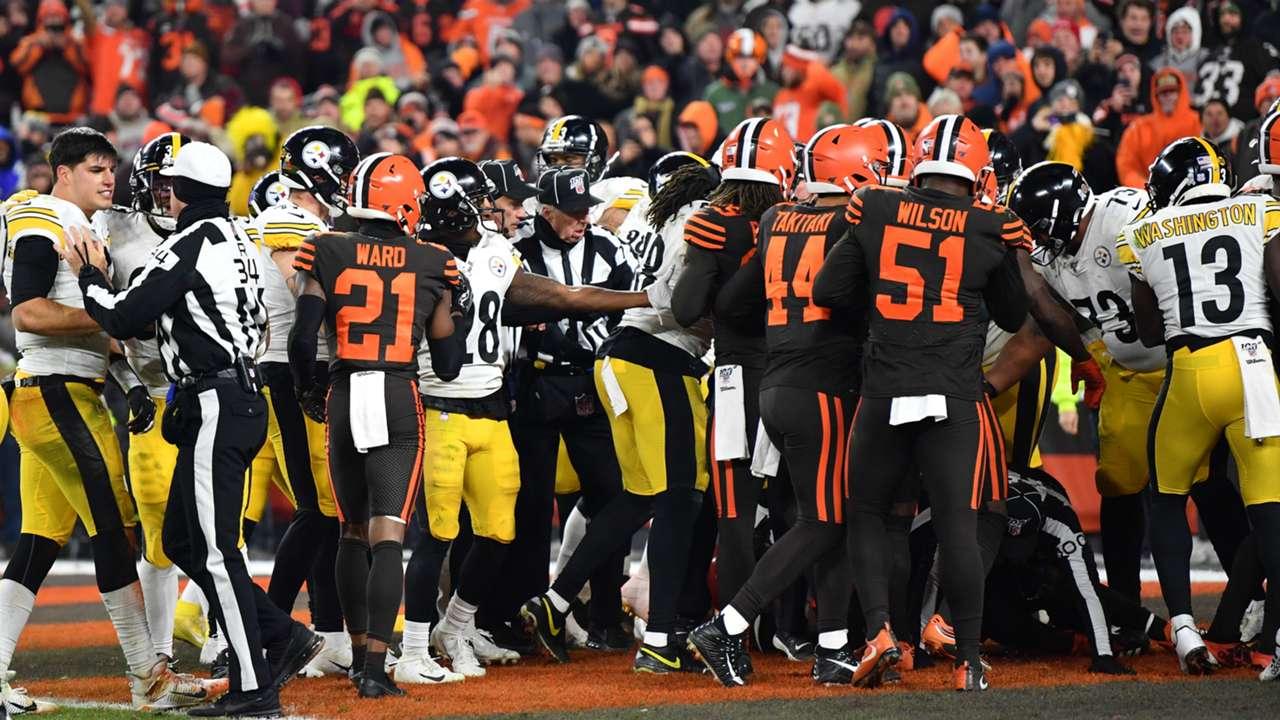 Steelers-Browns-brawl-11519-getty-ftr