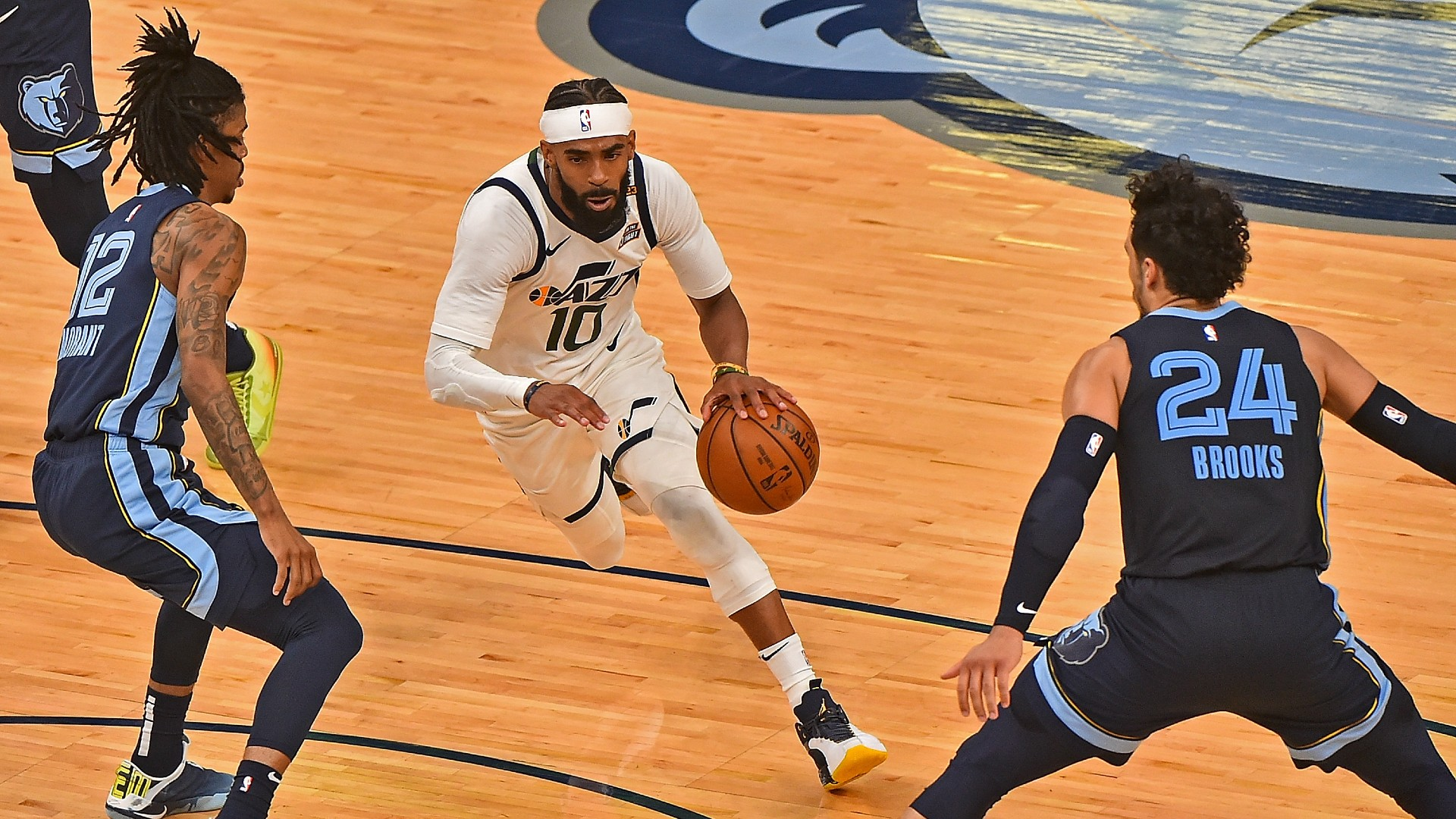 Mike Conley injury update: Jazz announce guard will not play Game 1 against Clippers thumbnail