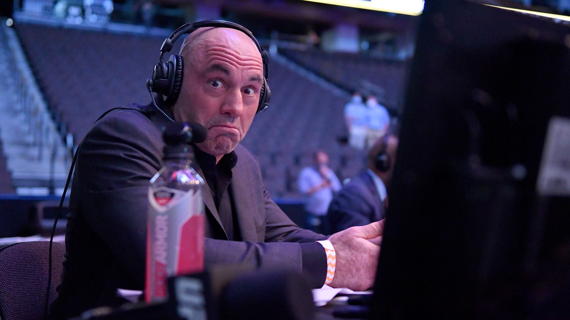 Will podcast king Joe Rogan commentate at UFC 259?