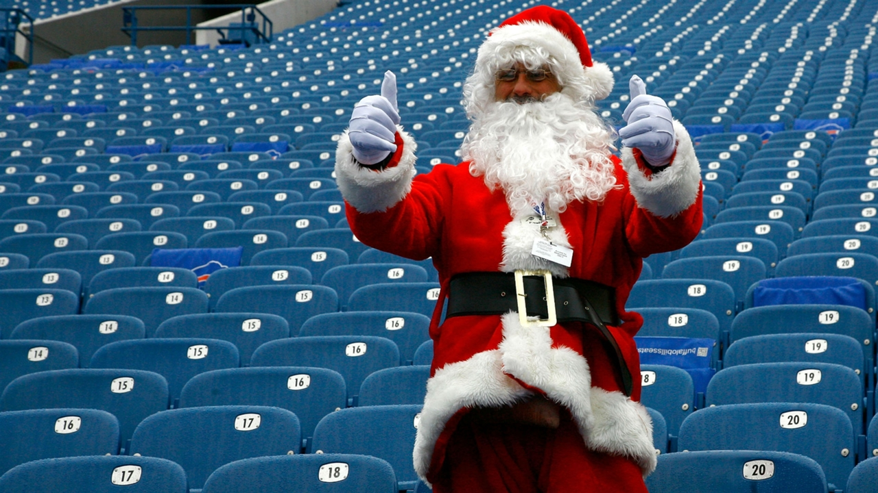 Who Plays On Christmas Day 2021 Nfl What Nfl Games Are On Christmas In 2020 Time Tv Channel Schedule For Nfl Week 16 Sporting News