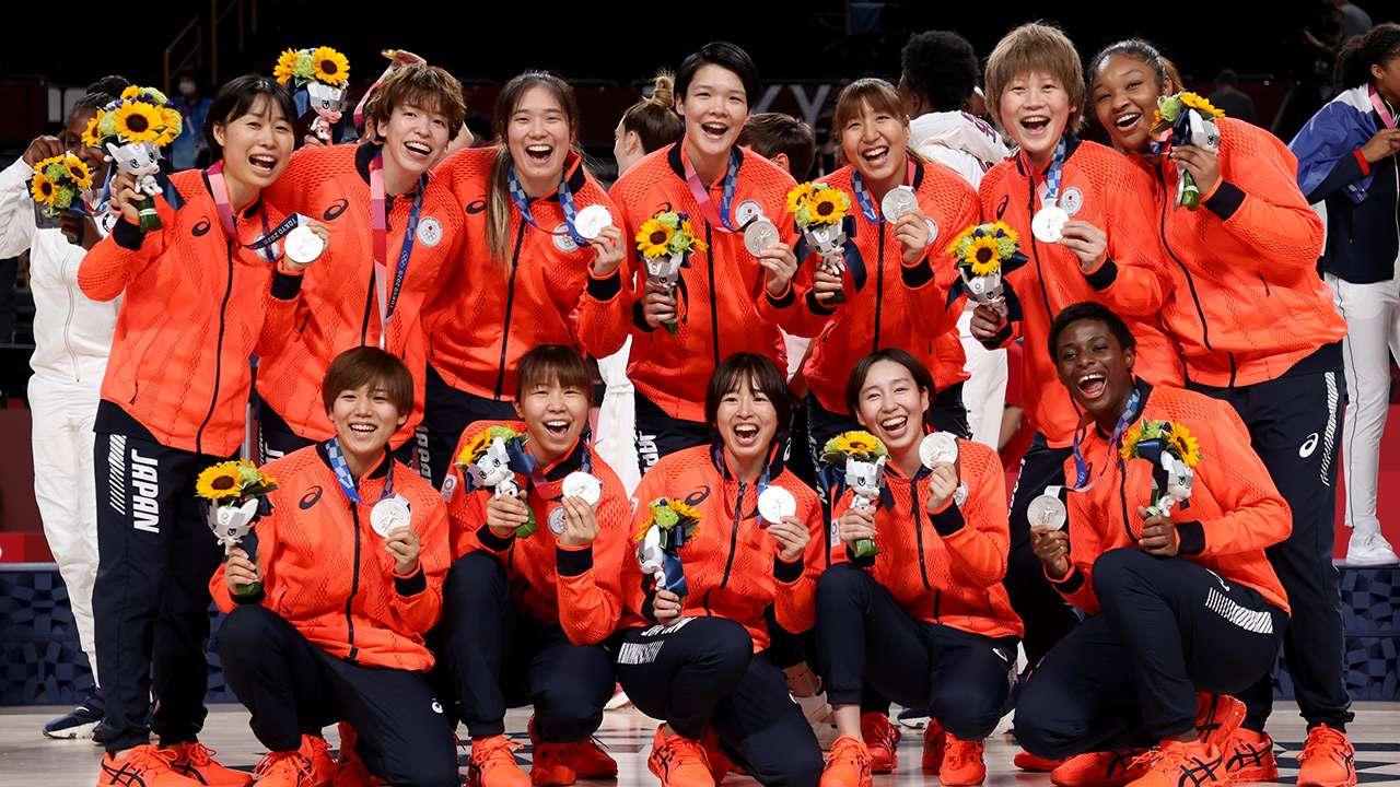 Japan Women's Basketball Silver Medal