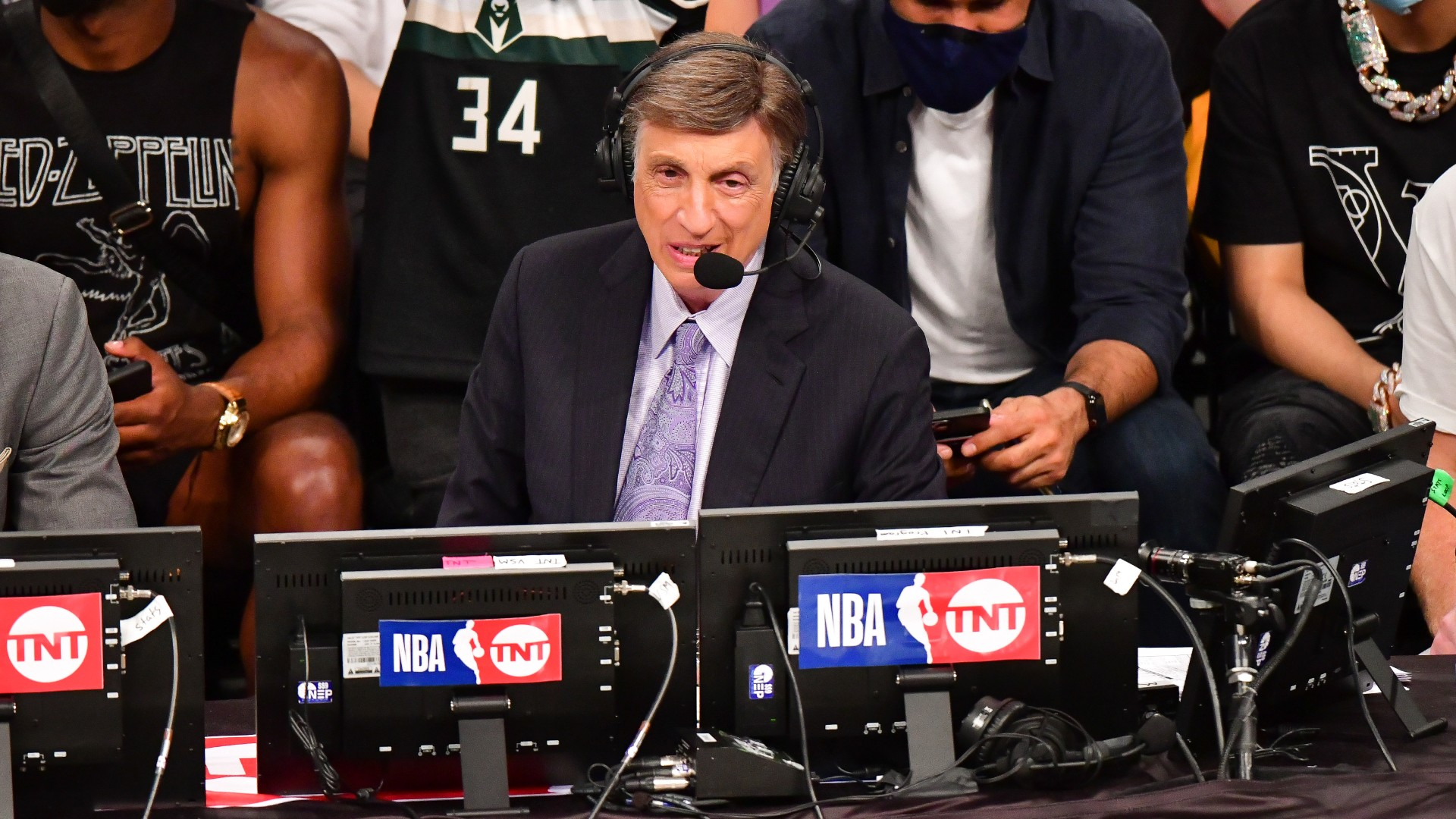 Marv Albert receives a warm farewell from colleagues at TNT after the final broadcast