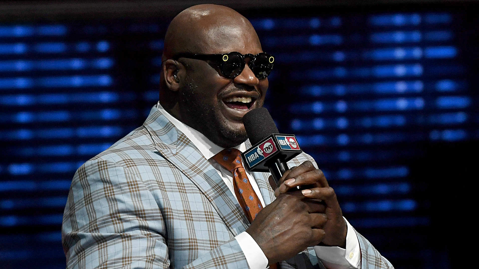 Shaquille O'Neal doesn't care enough about his 'NBA on TNT' job to learn the first names of players