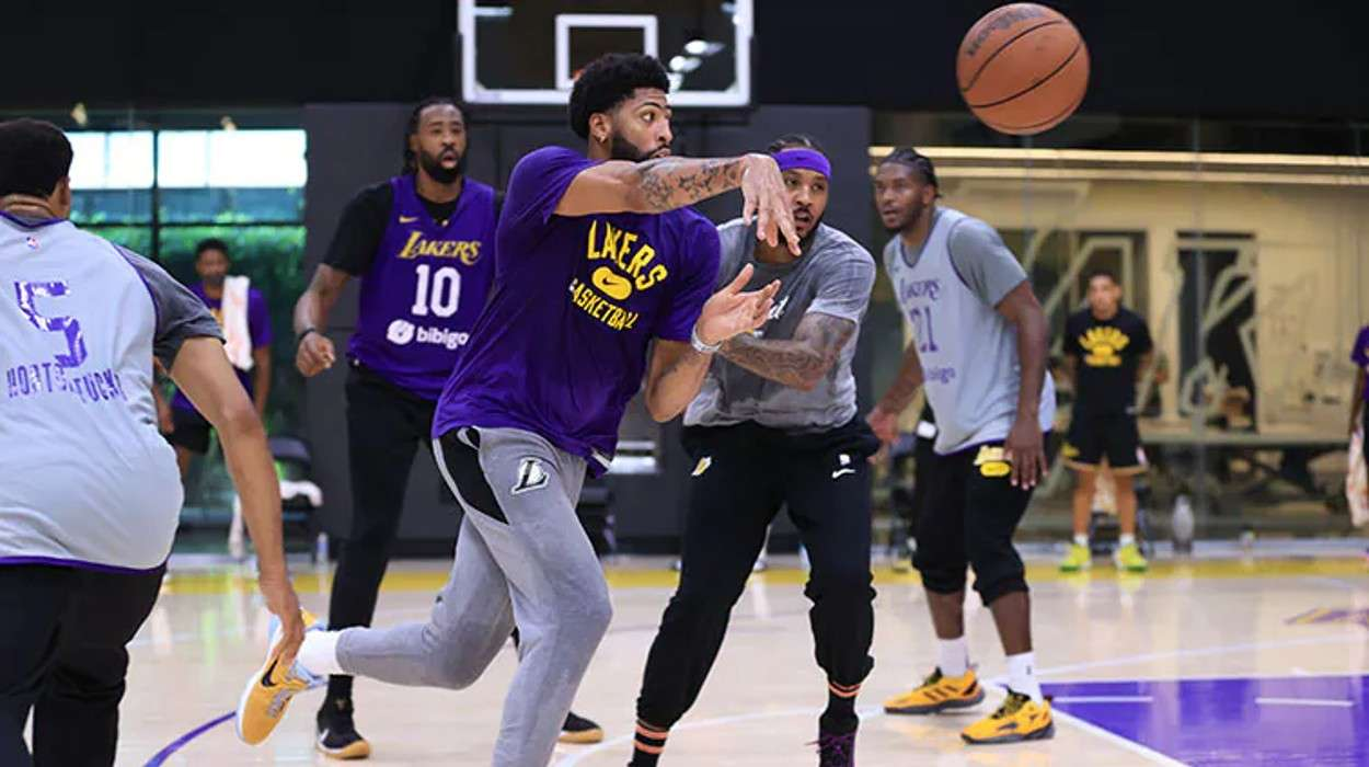 Los Angeles Lakers Training Camp