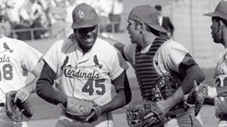 MLB UNIFORMS Bob-Gibson-011216-GETTY-FTR.jpg