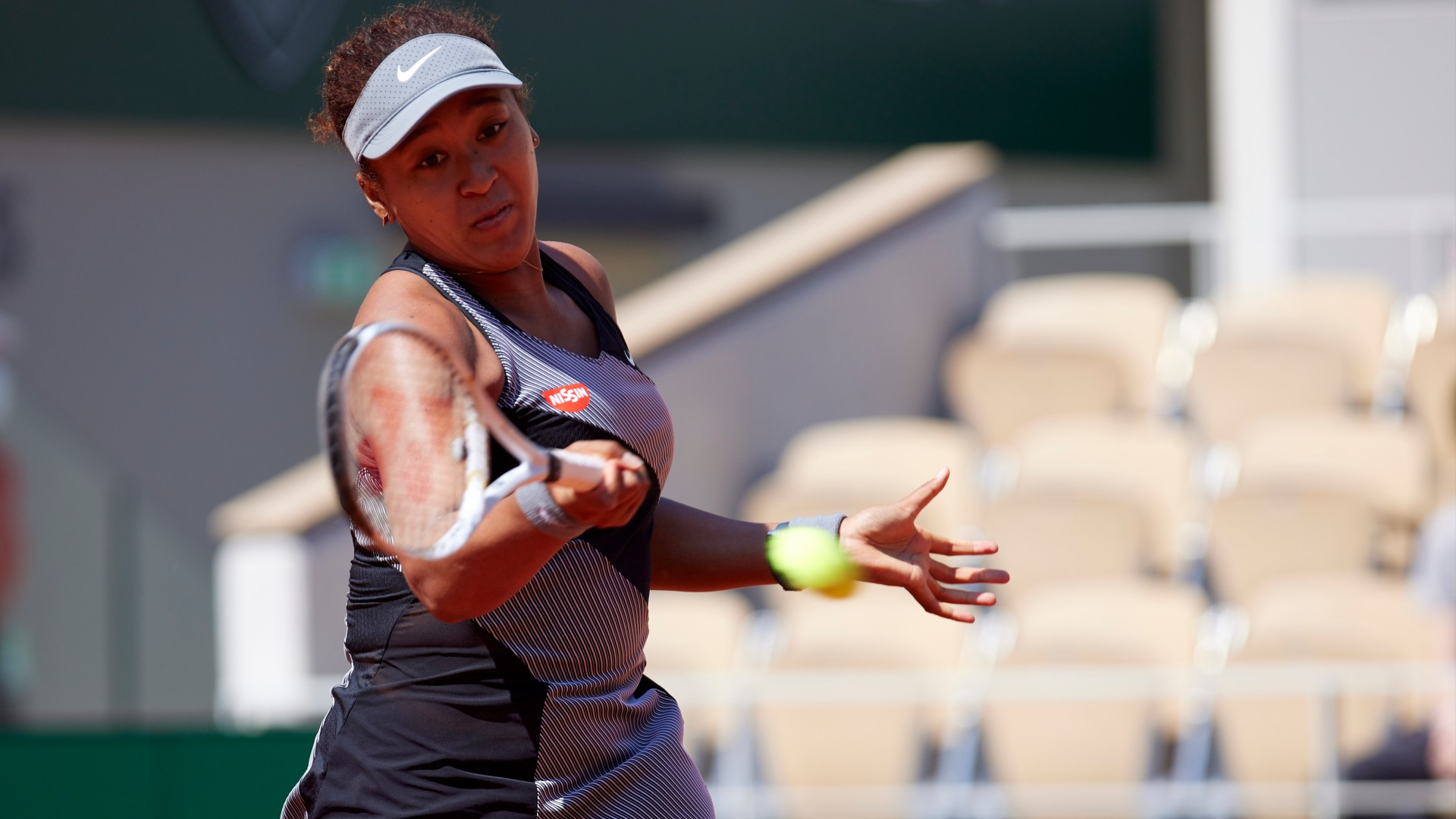 Why did Naomi Osaka withdraw from Wimbledon?  The tennis star announces that he will not play in the tournament