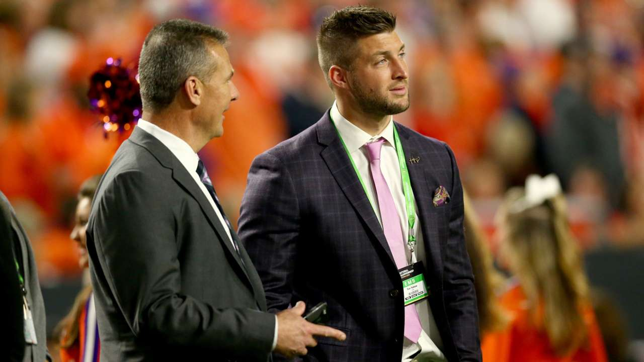 UrbanMeyer-TimTebow-Getty-FTR-050521.jpg