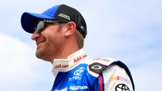 Clint-Bowyer-042615-getty-ftr.jpg