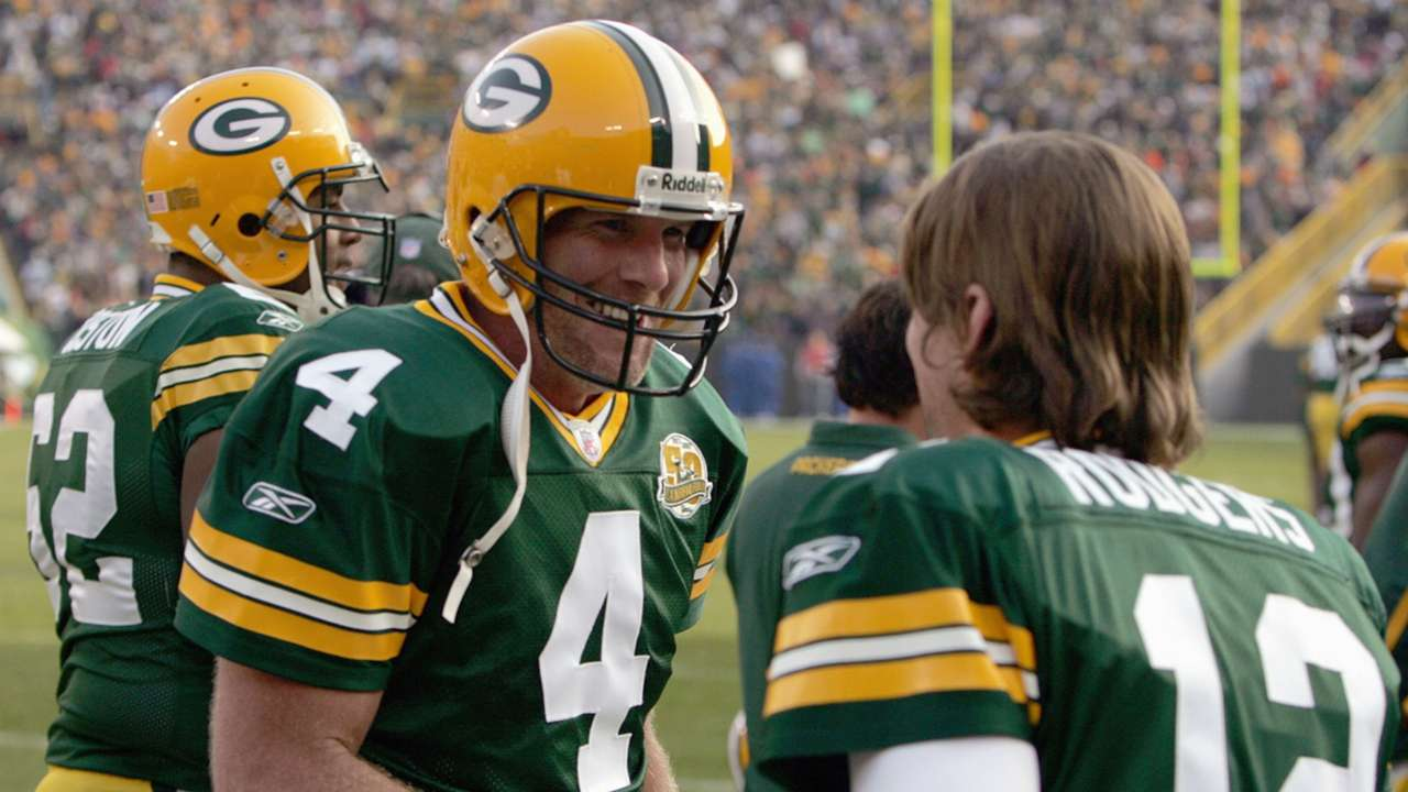 Favre_Rodgers_Getty_0731_ftr