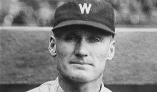 Walter Johnson-1927 Senators-120715-AP-FTR.jpg