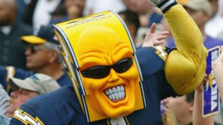 Chargers-fan-102715-Getty-FTR.jpg