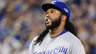 Johnny-Cueto-gum-101915-Getty-FTR.jpg