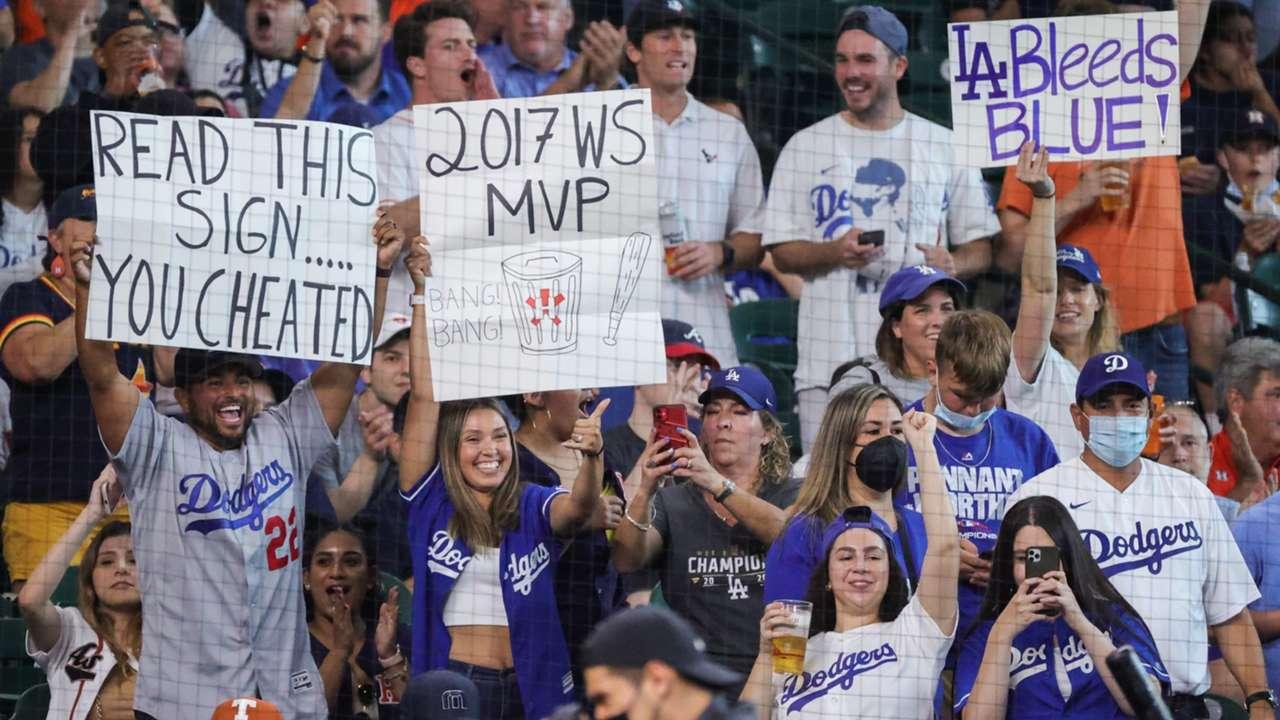 Dodgers-Fans-052621-GETTY-FTR