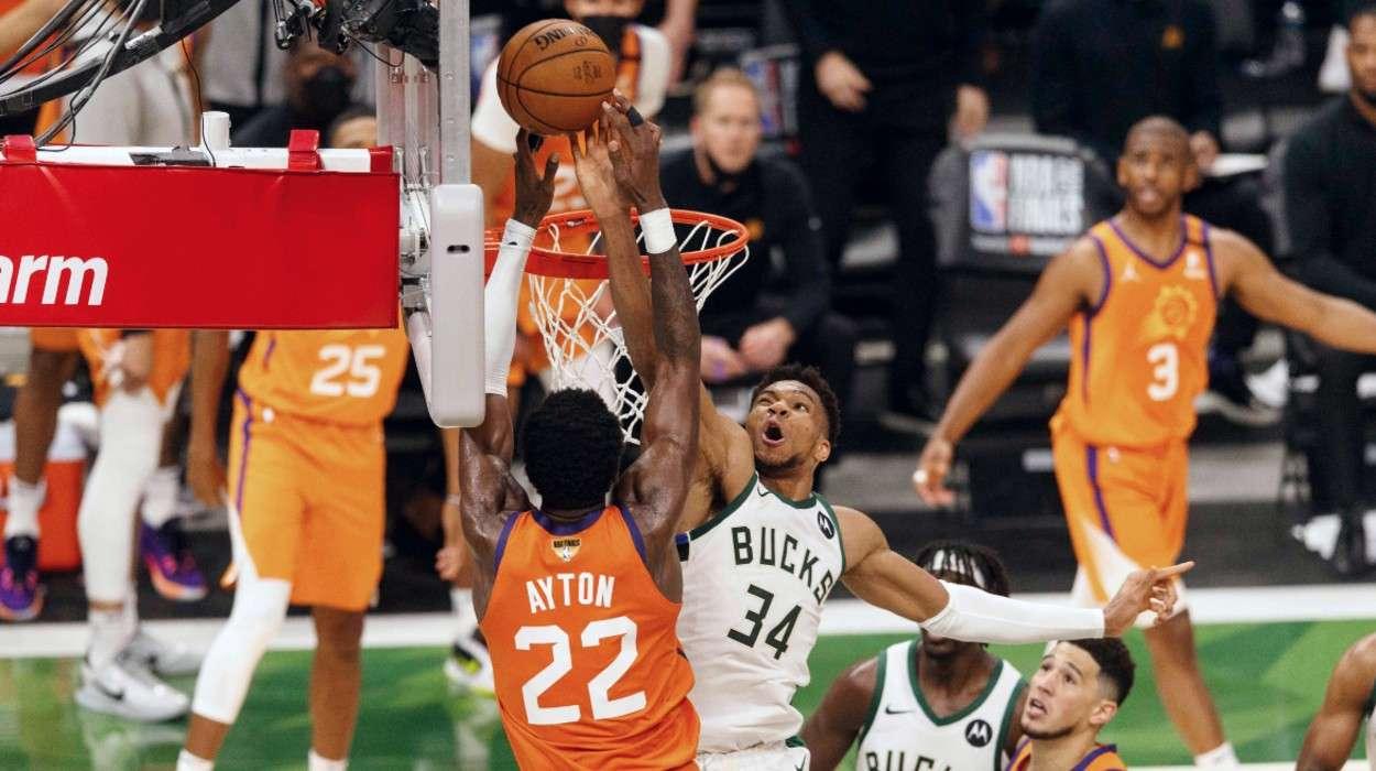 Giannis Antetokounmpo Milwaukee Bucks Deandre Ayton Phoenix Suns