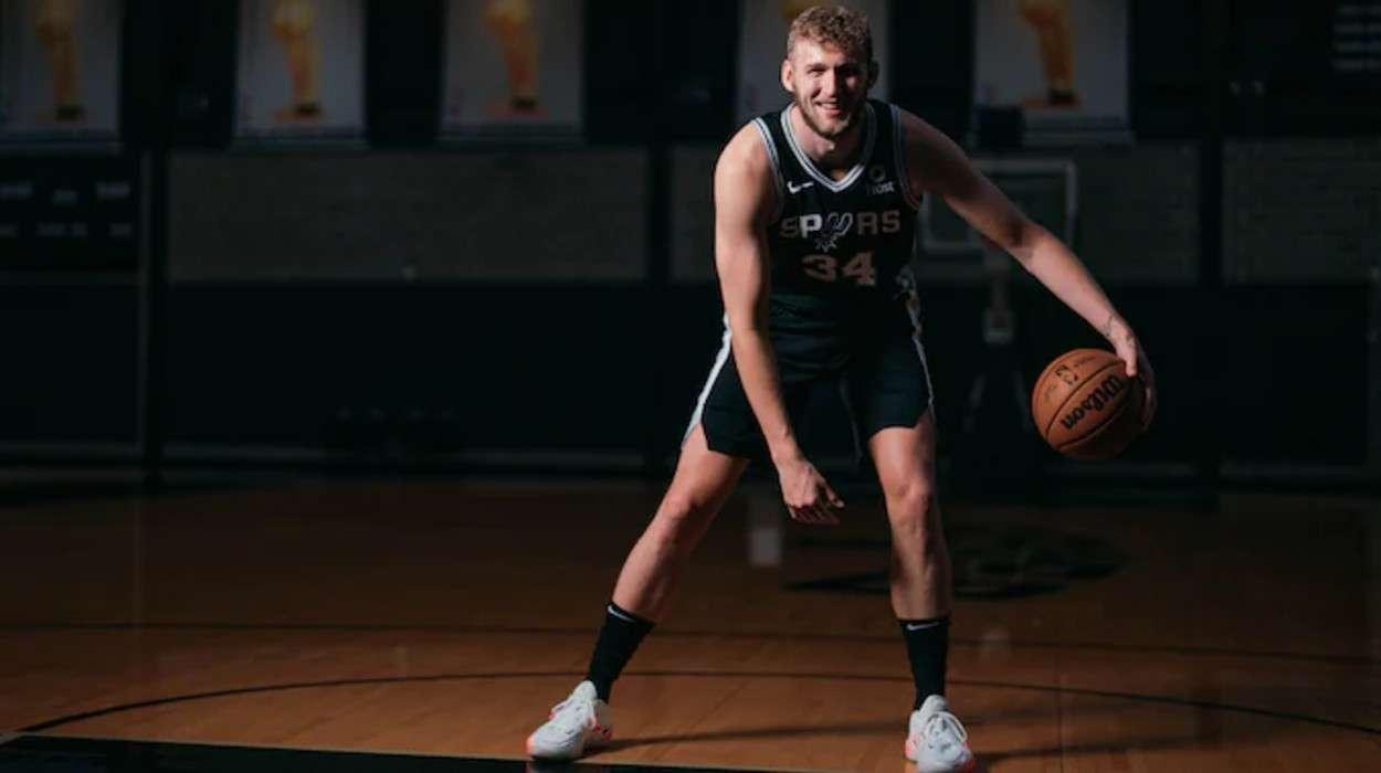 San Antonio Spurs Jock Landale