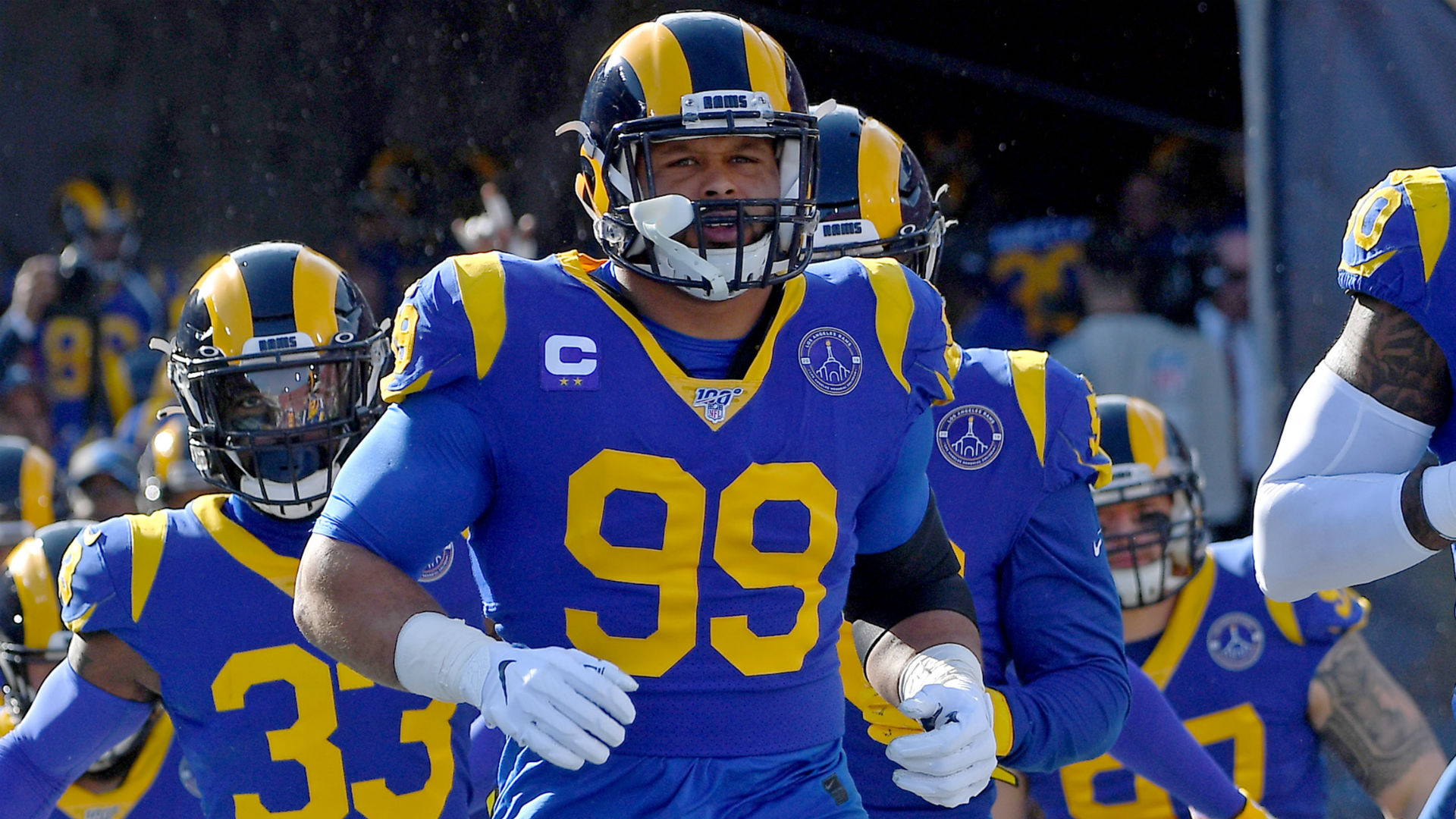 Aaron Donald's attorney claims Rams star attempted to save, not assault, man outside Pittsburgh club