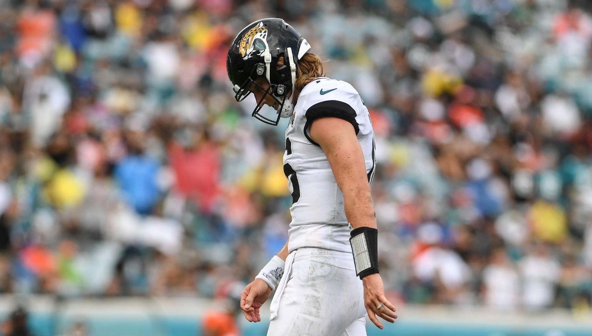 NFL Week 2 rookie QB notes: Zach Wilson falls, Justin Fields flashes, Trevor Lawrence struggles