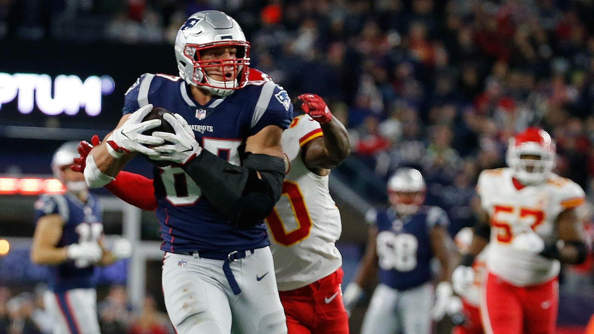 Rob Gronkowski trade grades: No-brainer for Patriots, head-scratcher for Buccaneers