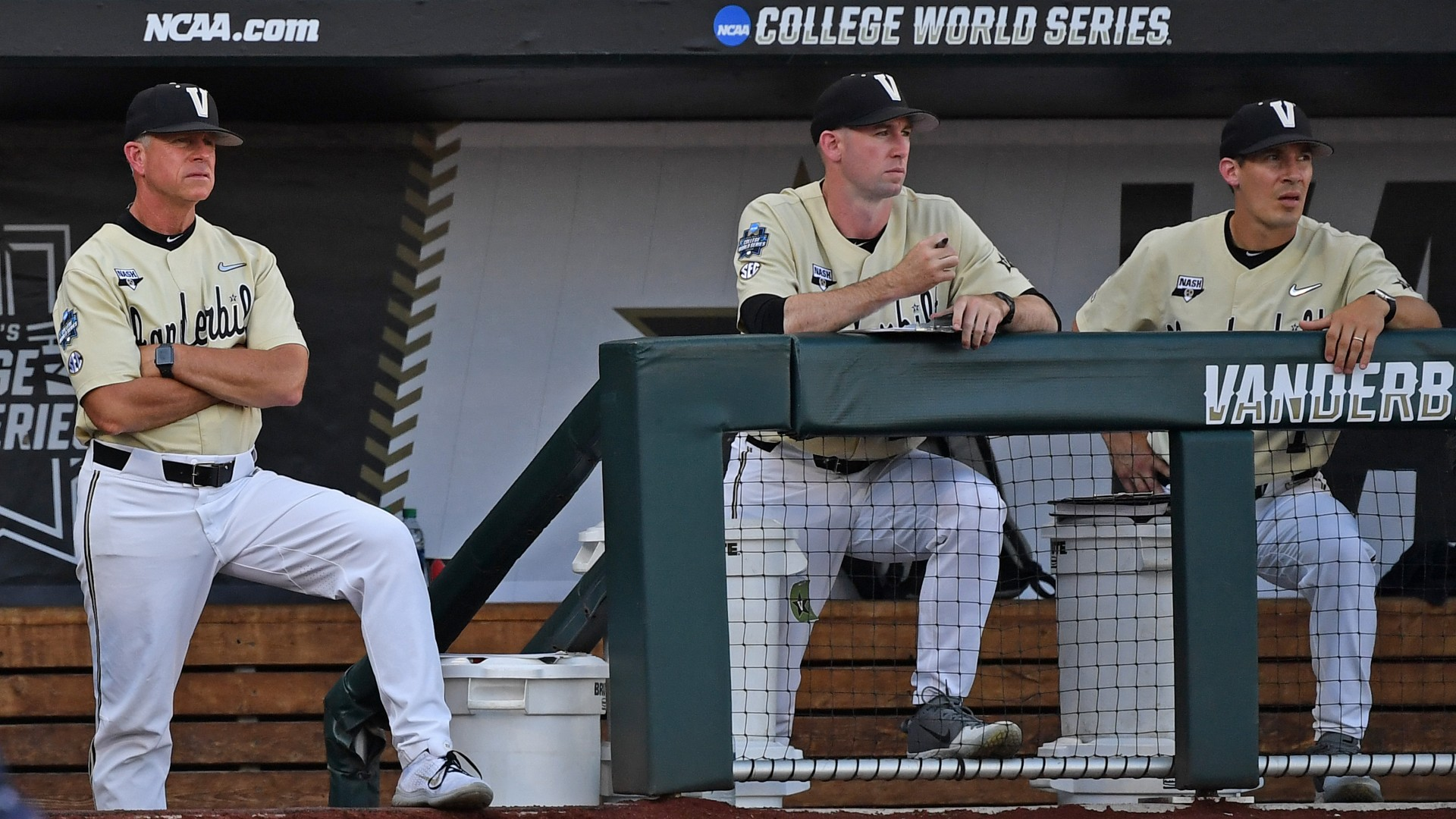 Who is in the College World Series? Teams, odds bracket for 2021 NCAA baseball tournament