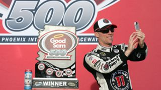 Phoenix-Harvick-051716-getty-ftr.jpg