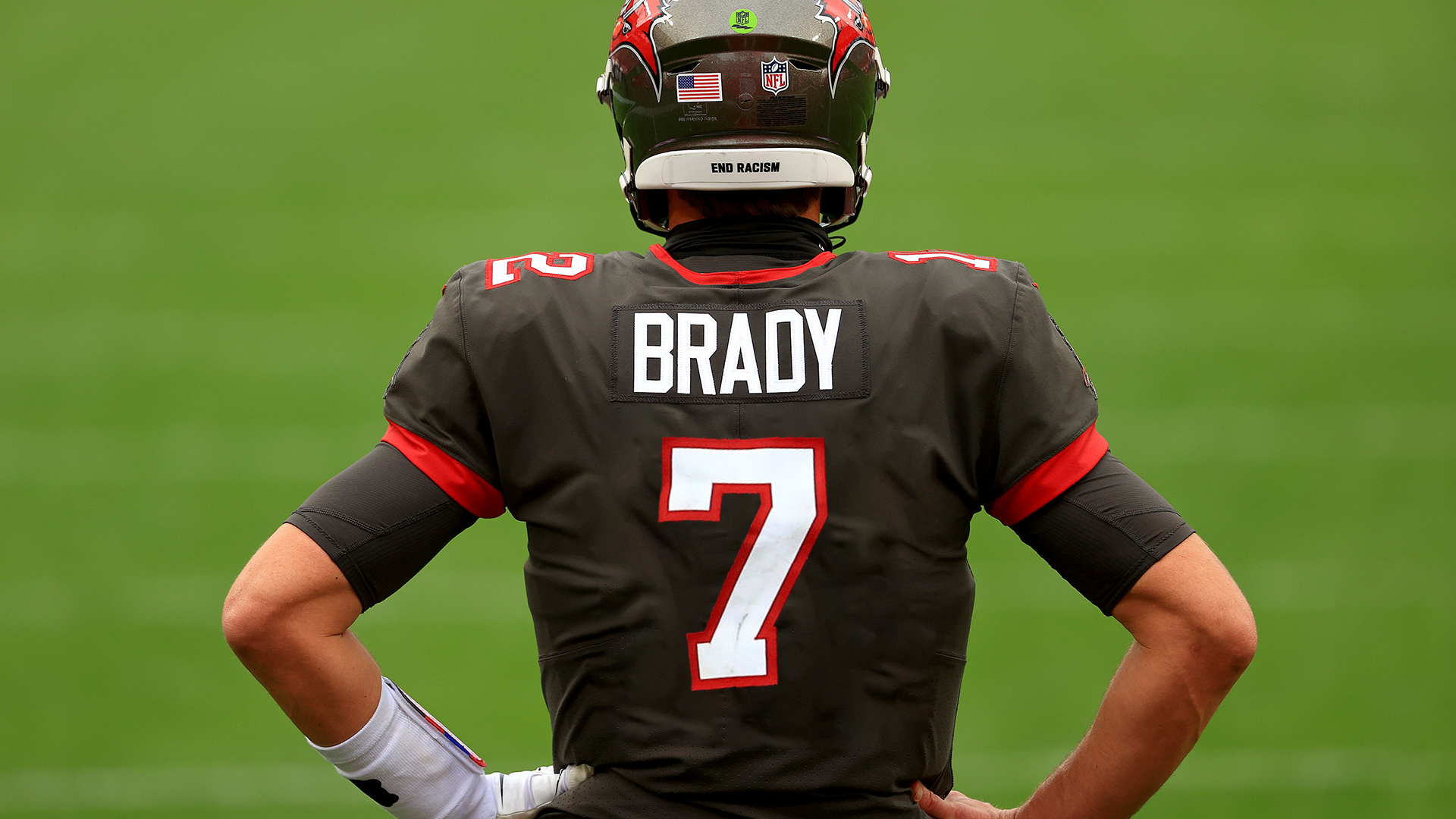 Tom Brady was willing to change his jersey number to 7 with the Bucs - sporting news