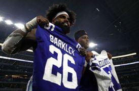 Ezekiel elliott trades jersey with saqon barkley