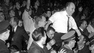 Hawks-vs.-Celtics-(1961)-053116-AP-FTR.jpg