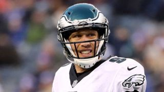 Nick-Foles-Eagles-121717-getty-ftr