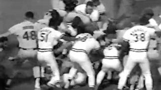 Cardinals-Giants-Brawl86-YouTube-FTR-052916.jpg