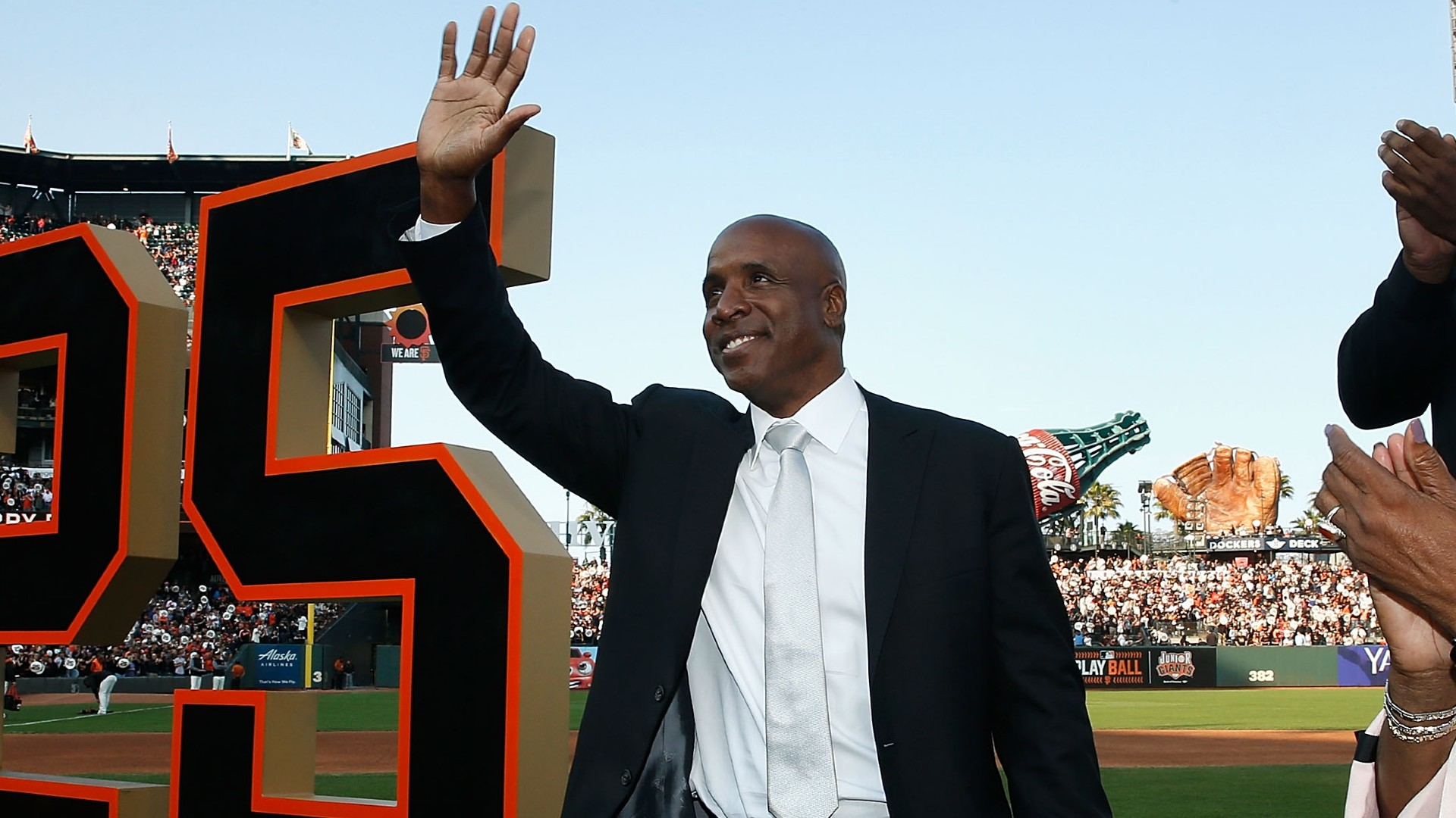 Barry Bonds is back on the field — with a dog in the 145th Westminster Dog Show