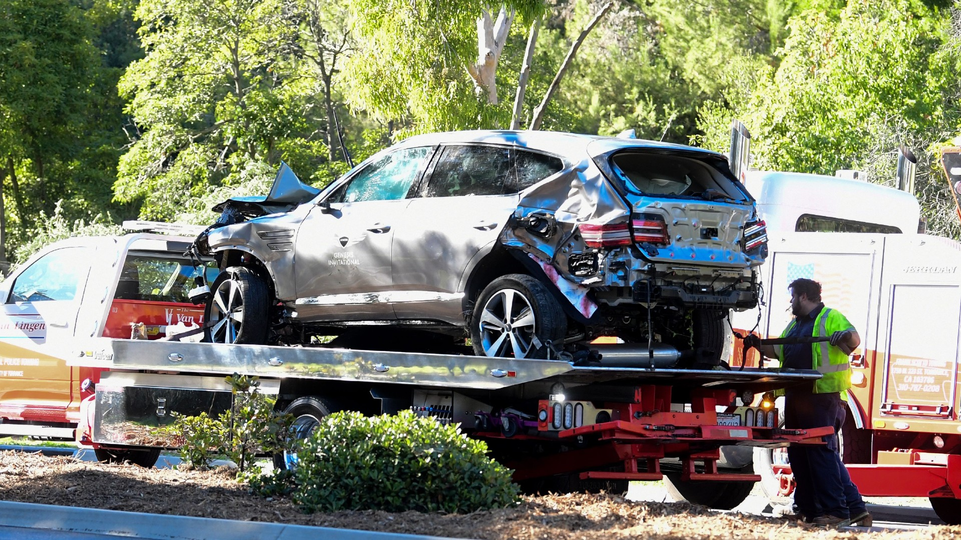 Tiger Woods 'lucky to be alive' after crash: Latest updates, details as  golf star recovers from car accident