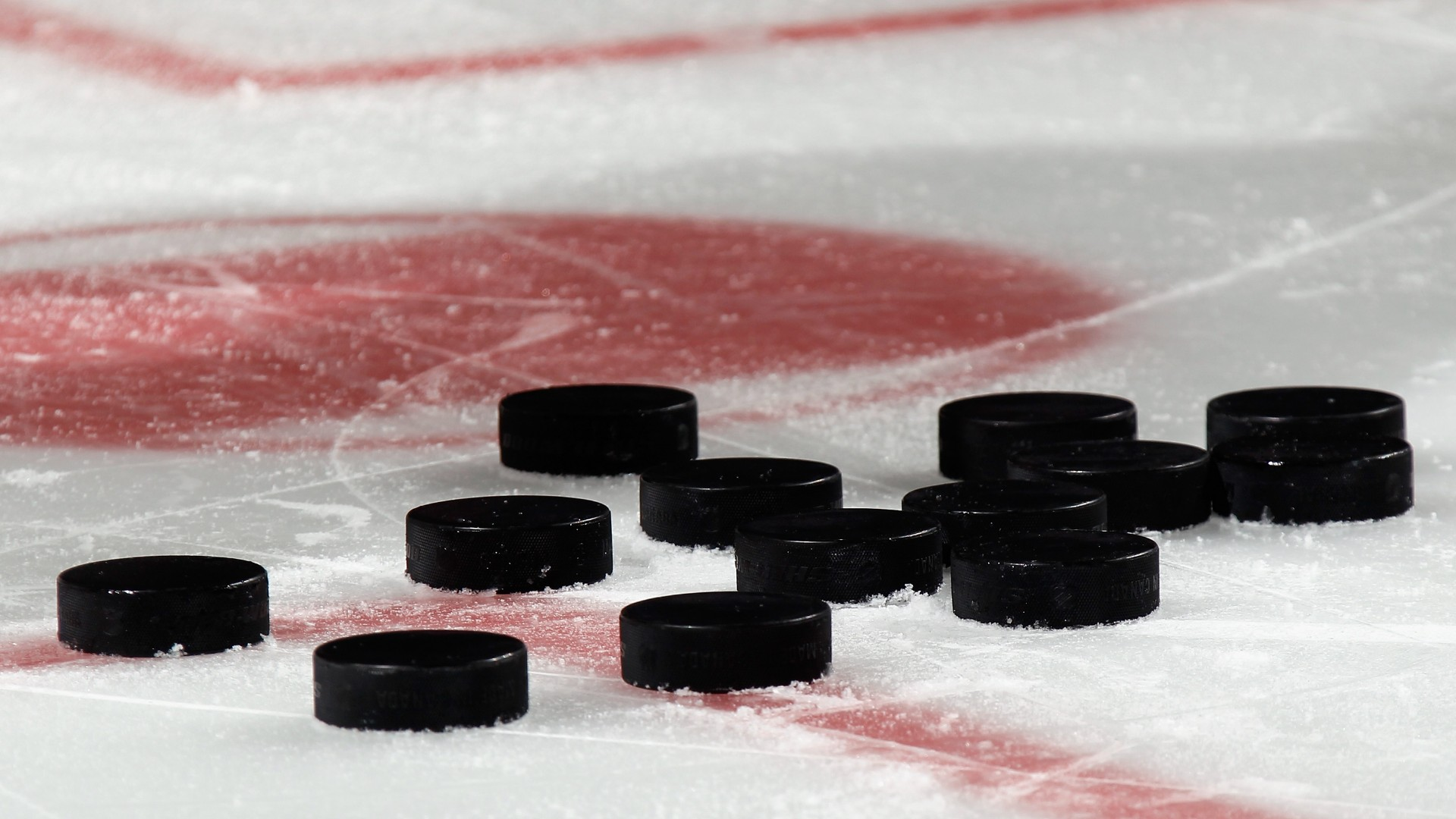 Los malestares gobiernan el día en los campeonatos de hockey de la escuela secundaria de Minnesota 22
