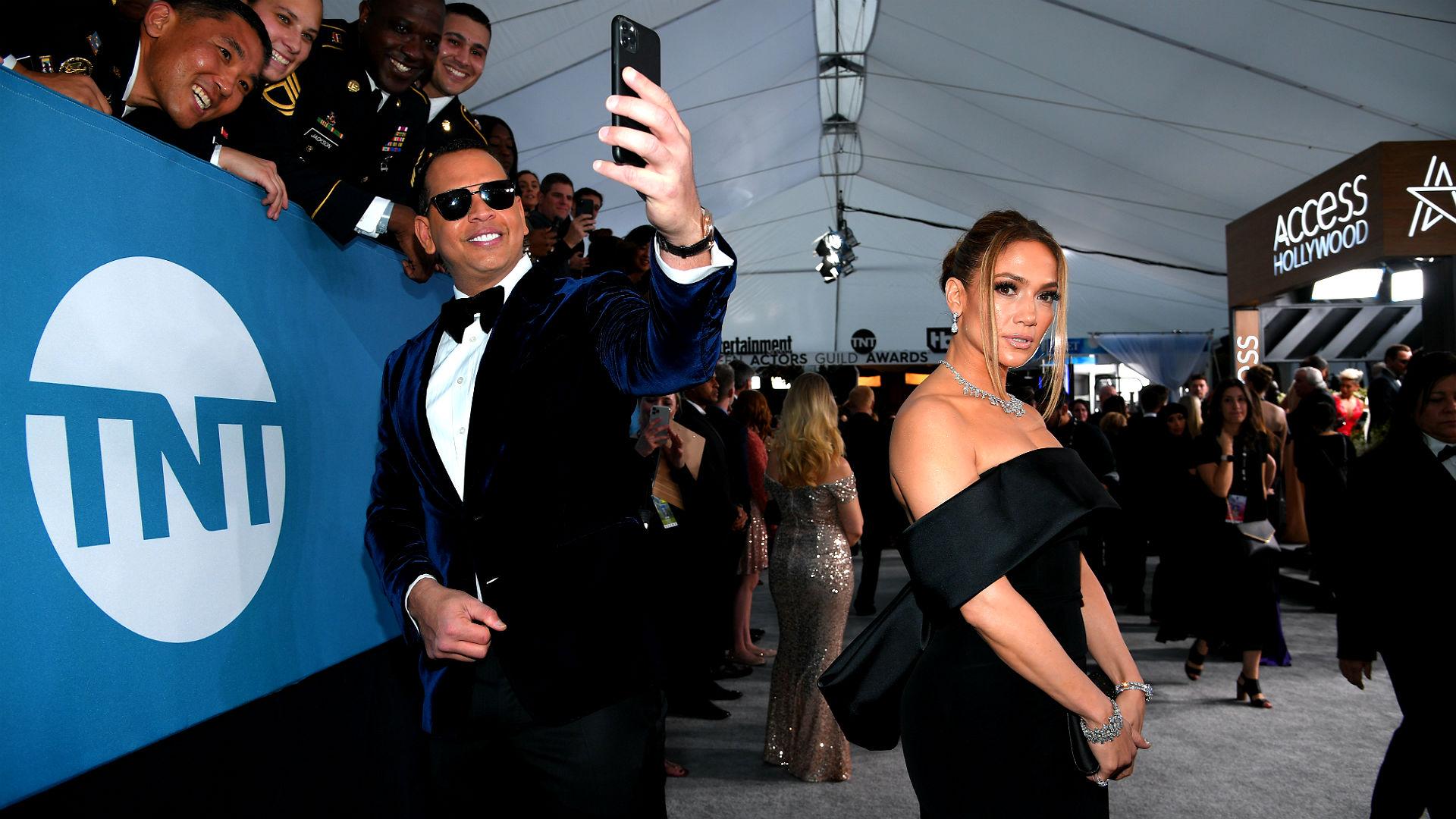 Alex Rodriguez And Jennifer Lopez Just Did The Best Tiktok