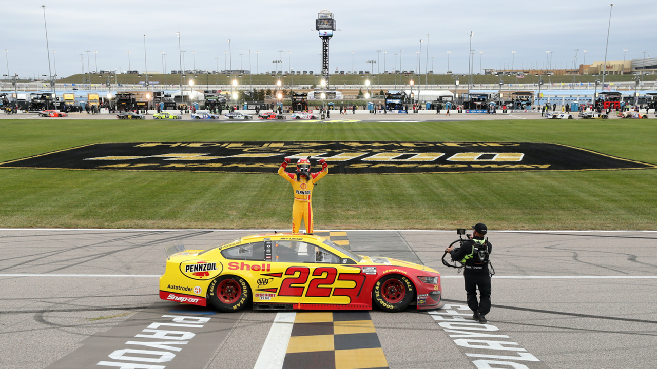 joey-logano-101820-getty-ftr