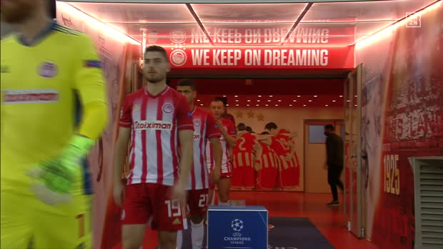 UEFA Champions League: Olympiakos Piräus - Manchester City | DAZN Highlights