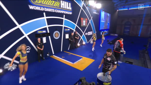 World Darts Championship: Halbfinale | DAZN Highlights