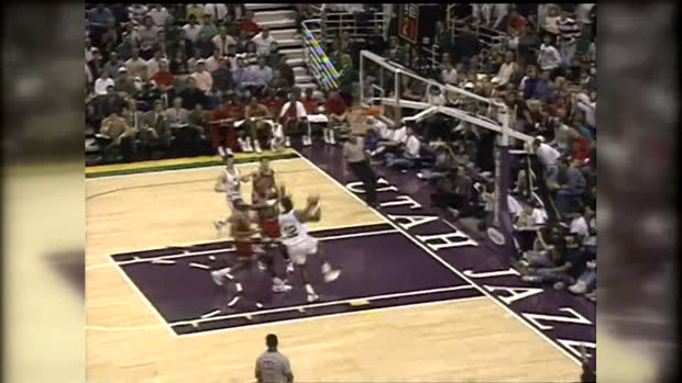 """In your face!"" - Karl Malone stopft über Michael Jordan 
